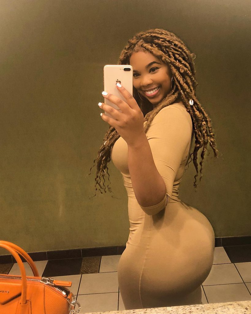 Thick Ravie Loso with small waist and huge booty